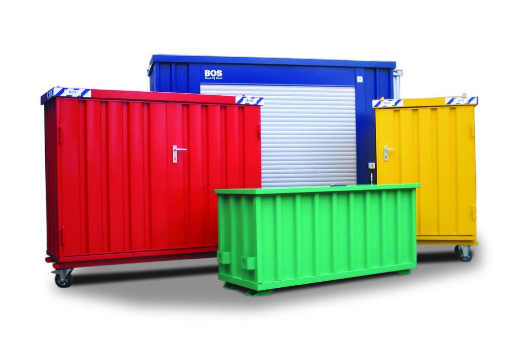 containere i forskjellige farger og størrelser